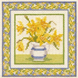 Floral Minuets - Daffodils Cross Stitch Kit by Derwentwater