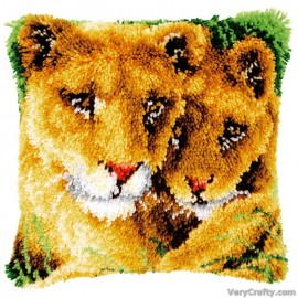 Cushion: Lioness and Cub Latch Hook Kit by Vervaco / Lanarte